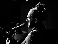 Newton Faulkner album launch at Melomania