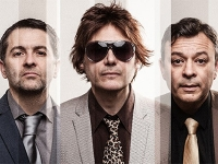 Album review: Manic Street Preachers – Resistance is Futile